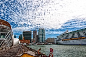Hafen mit Voyager of the Seas